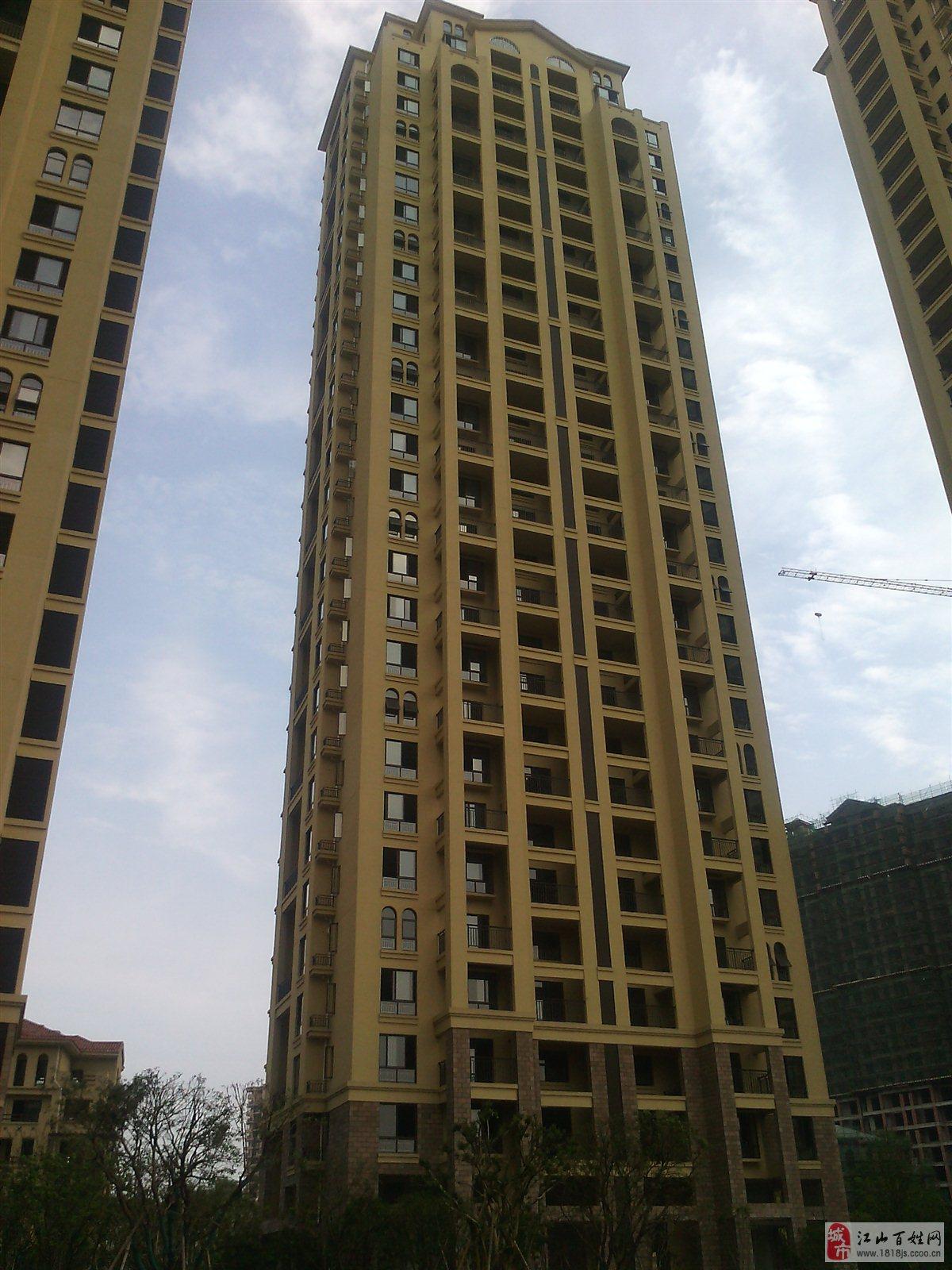 亞龍灣電20樓125+車庫,廳陽臺邊套滿2年188