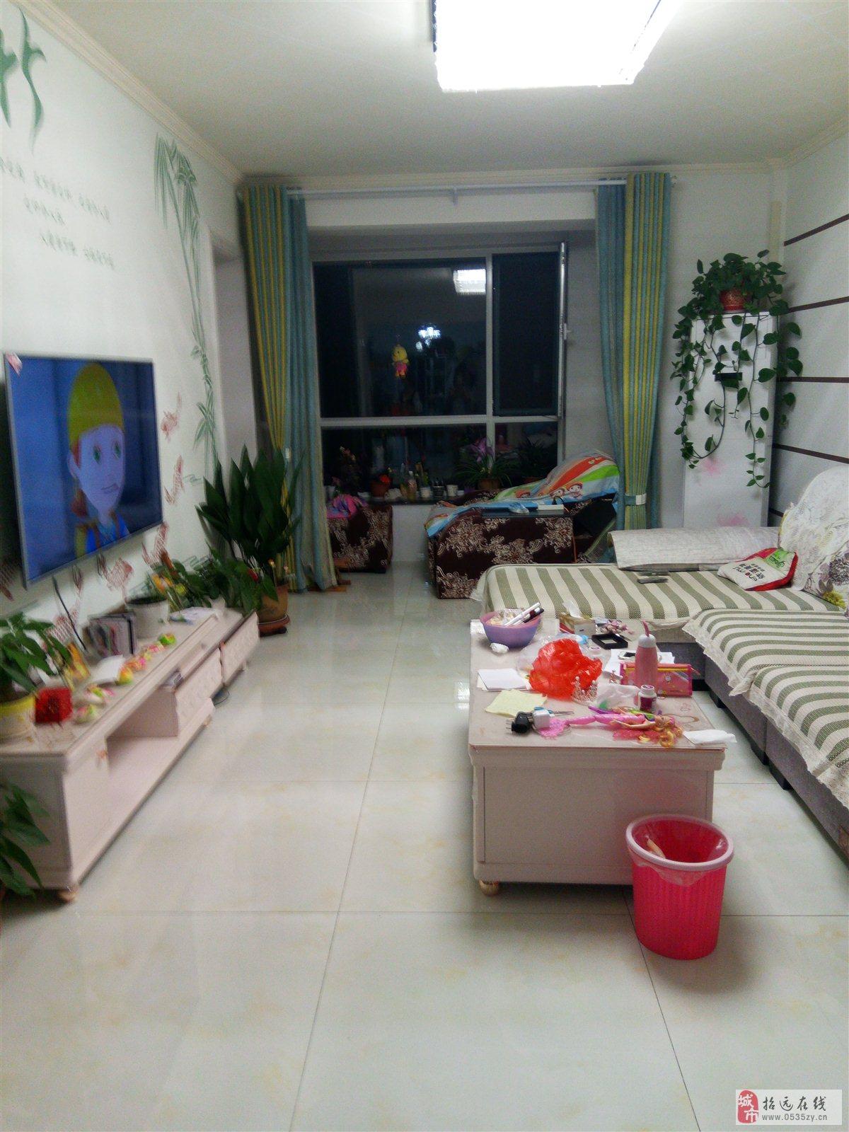 招远出售福溪居5楼白色精装3室2厅2卫72万元