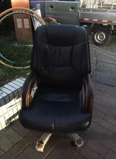 99新老板椅一张