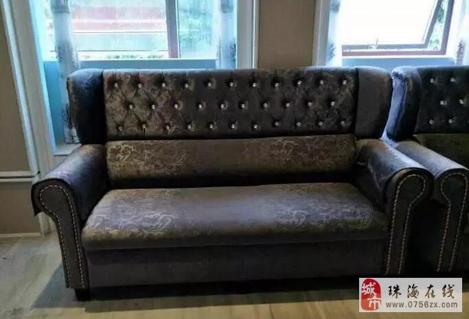 超低价出售九九成新的欧式沙发