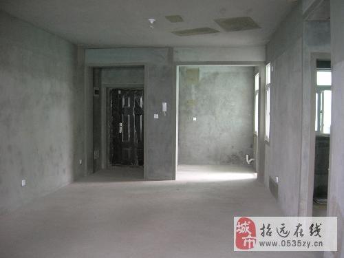 招远出售文苑小区低楼层,113平米,毛坯带草屋69万
