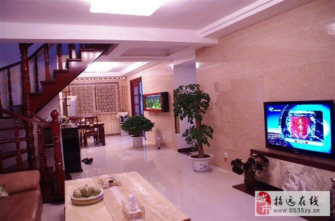 招远出售金晖丽水苑6室4厅2卫138万元