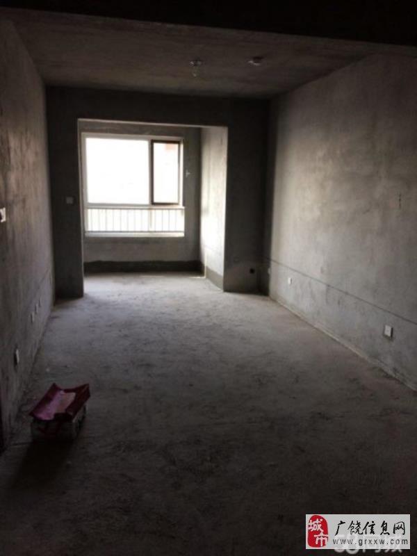 渤海华府3室2厅1卫53万元车位储藏室