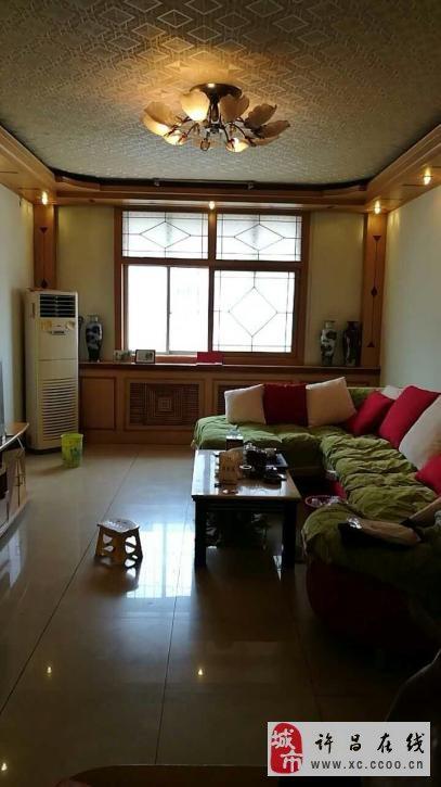 金地苑3室2廳2衛96萬元