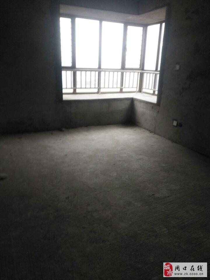 景园·盛世华都3室2厅2卫108.5万元可按揭