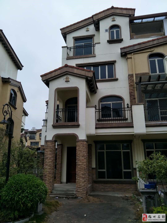 梅江碧桂園5室2廳3衛225萬元