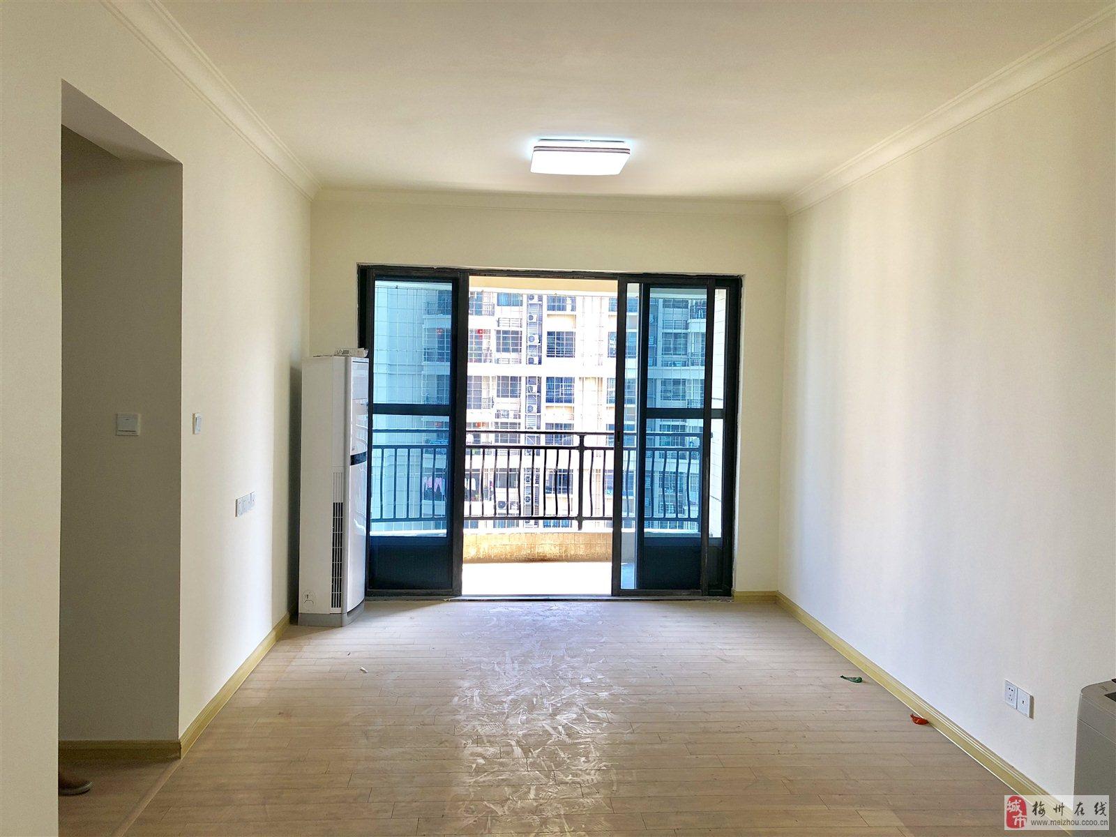 碧桂園二期15樓3房1衛90平方南向新房未住人