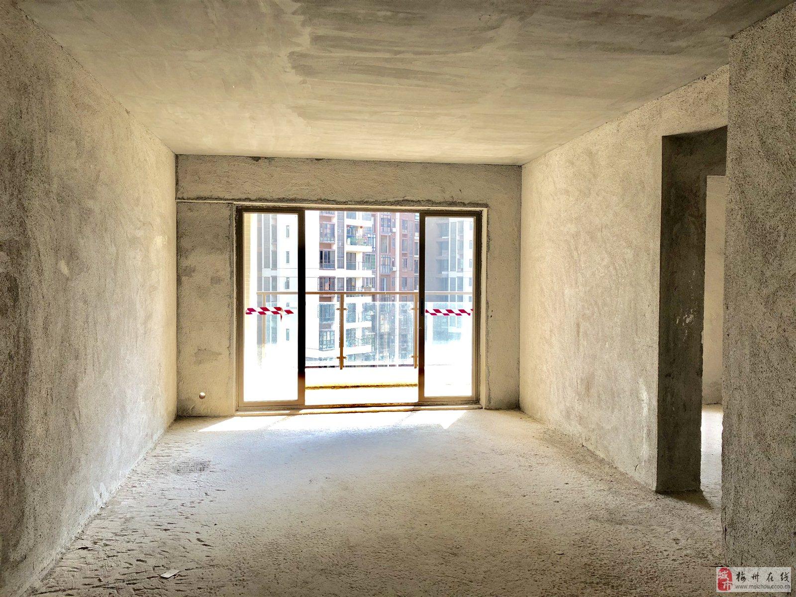 奥园半岛一号3房2厅1卫95平方86.8万元
