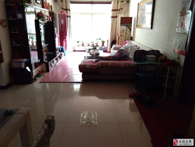 福苑里2楼两室通厅无税落地窗邻居房子新楼