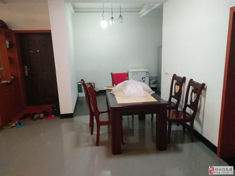 南门城南粮站3室2厅2卫58万元
