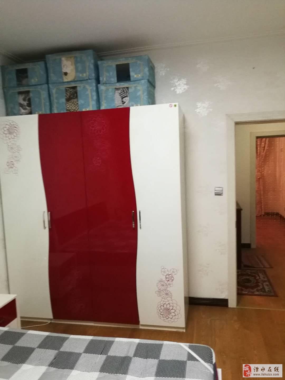 广成东方名城2室2厅1卫102万元