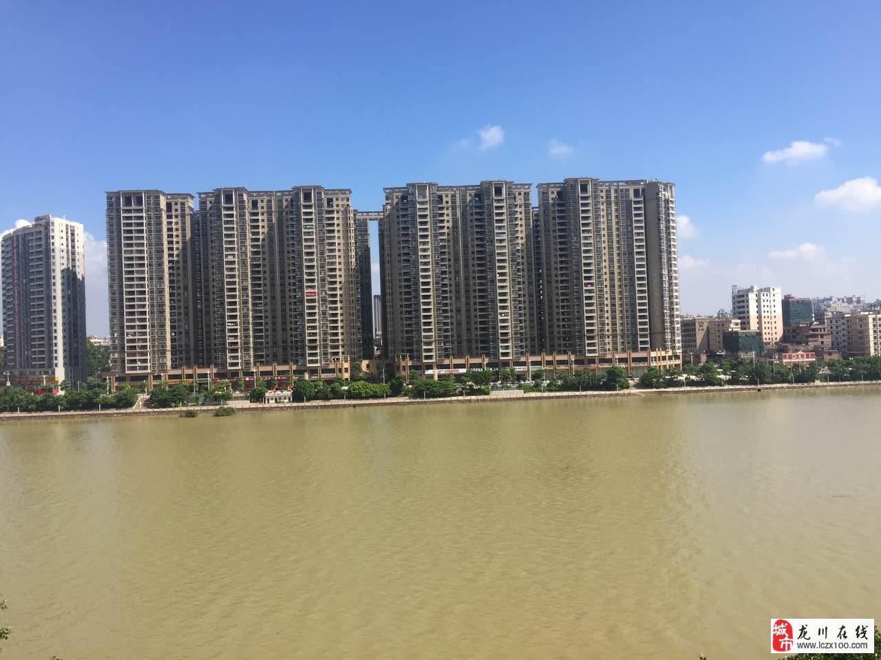 水岸沁园165平米中层电梯毛坯四房售95万