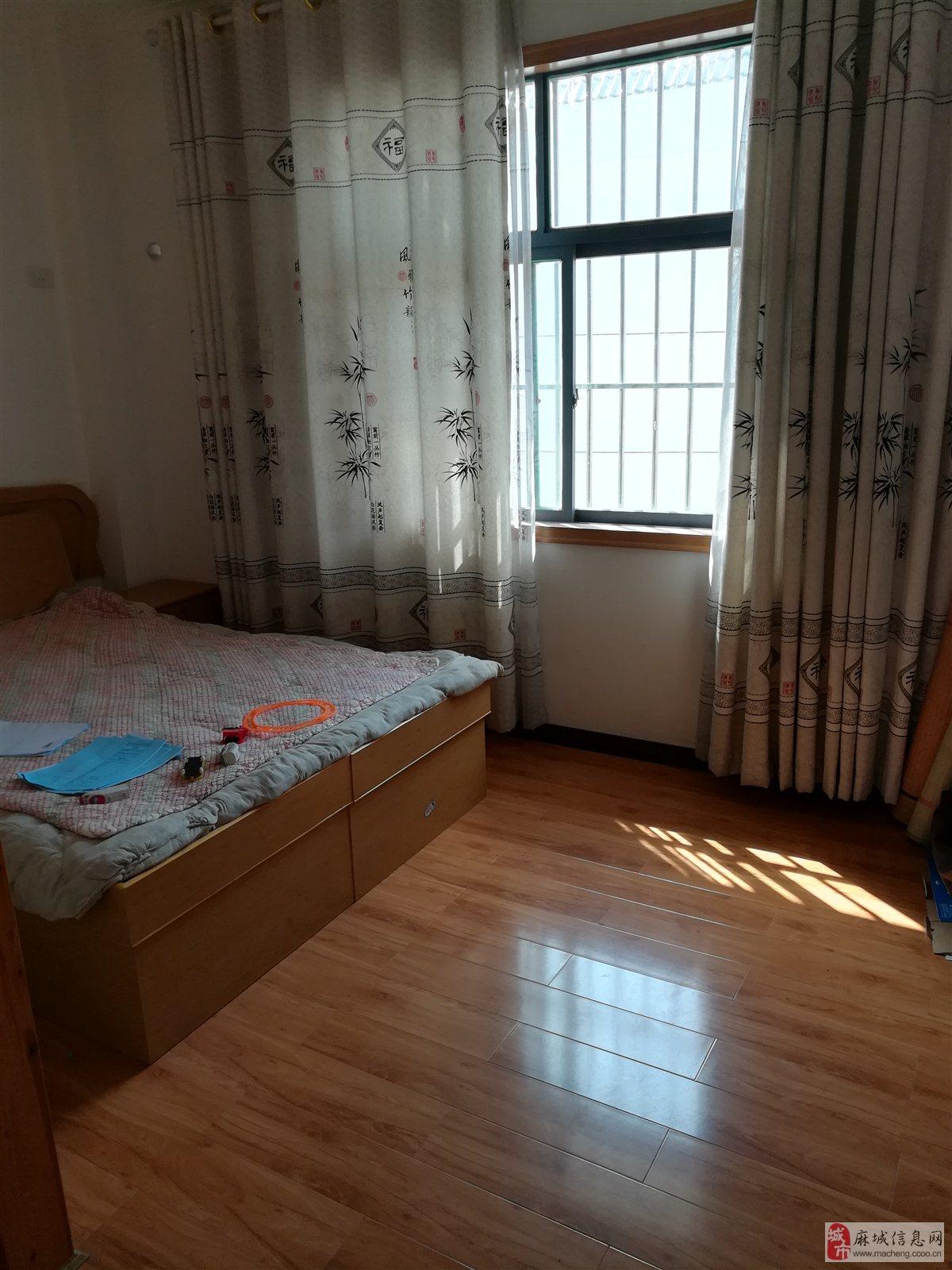 麻城市金谷金丰园复式5室2厅3卫62万元简装藏式装修效果图图片