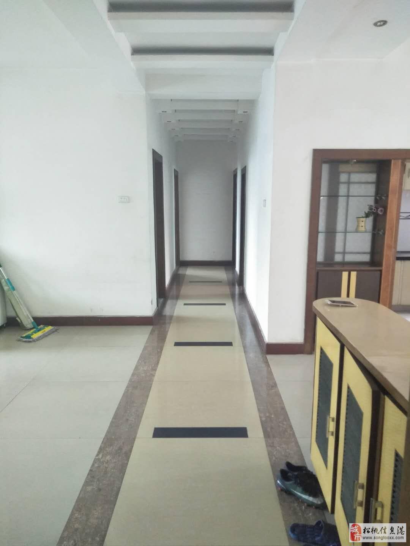 龙塘湾3室2厅2卫36.2万元急售