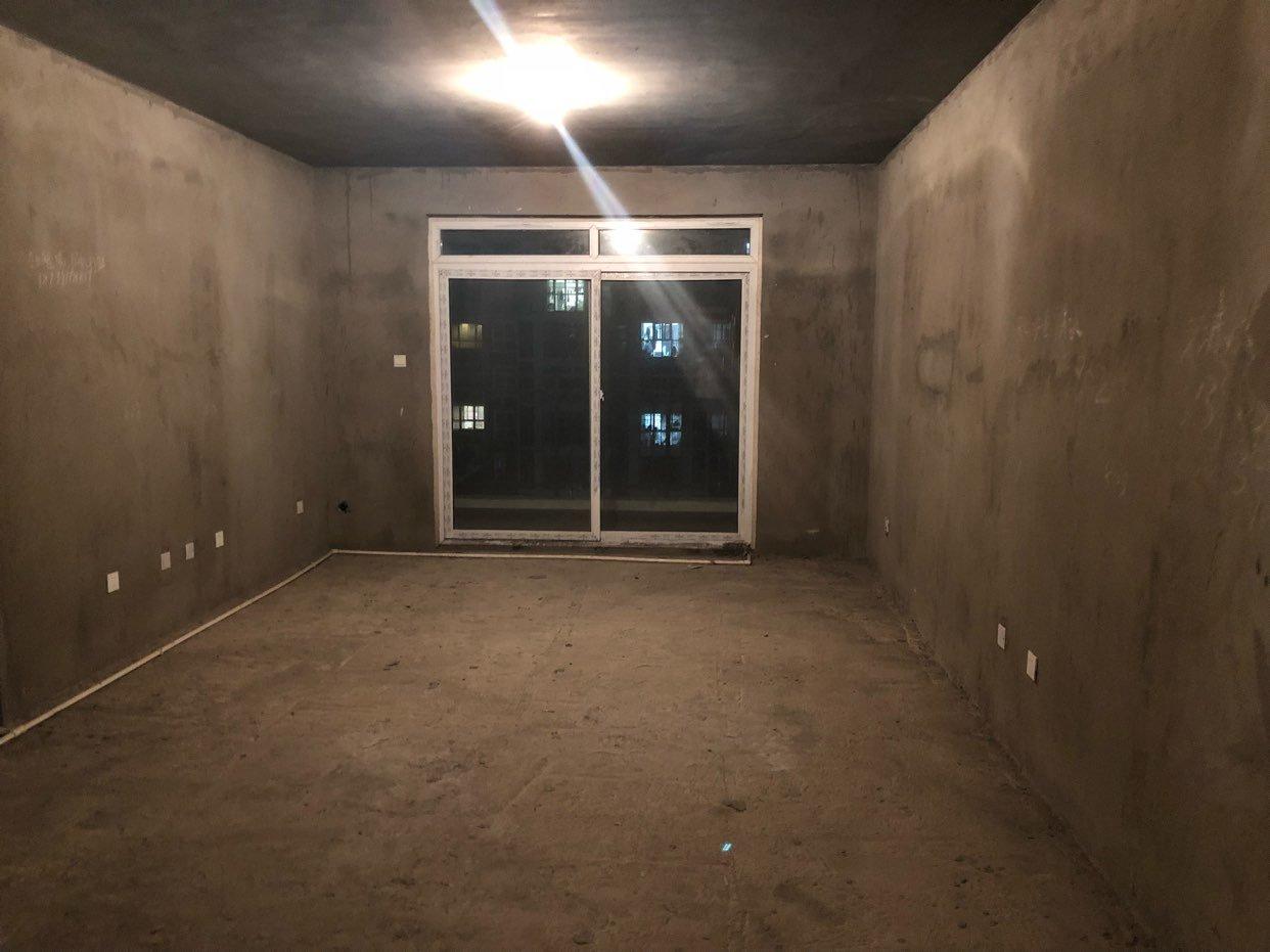 房产资讯3室2厅2卫55万元经开区铁道毛坯
