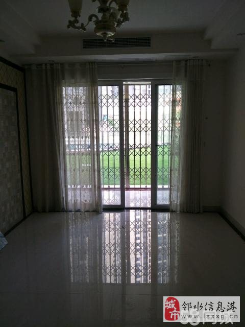 宏帆广场3室2厅1卫60万元