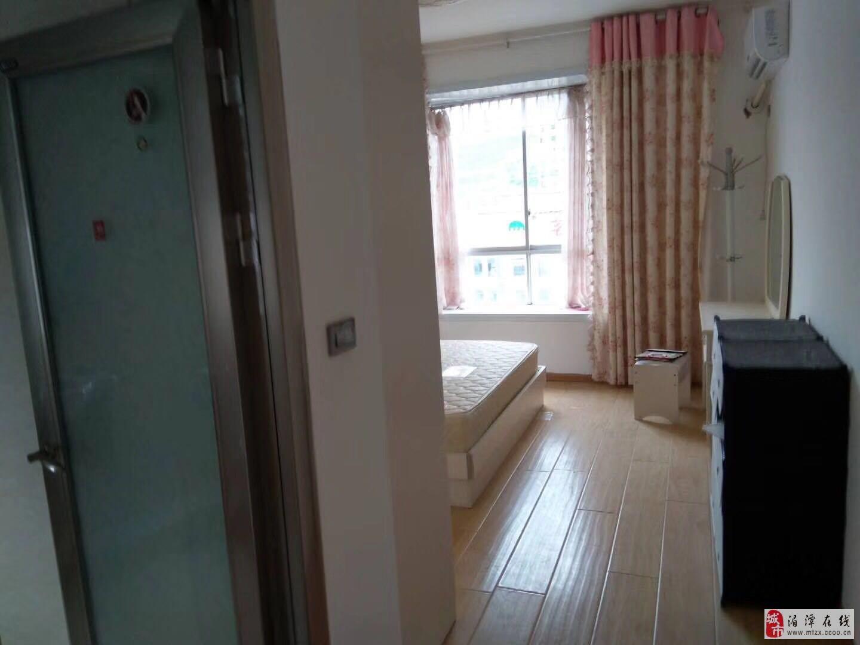 麒龙新城3室2厅2卫56.8万元
