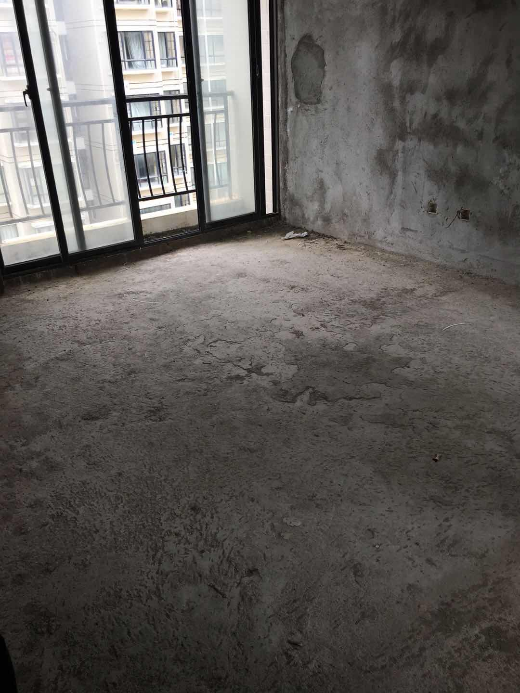 中视万泉湾98平三房两厅电梯高层毛坯118万