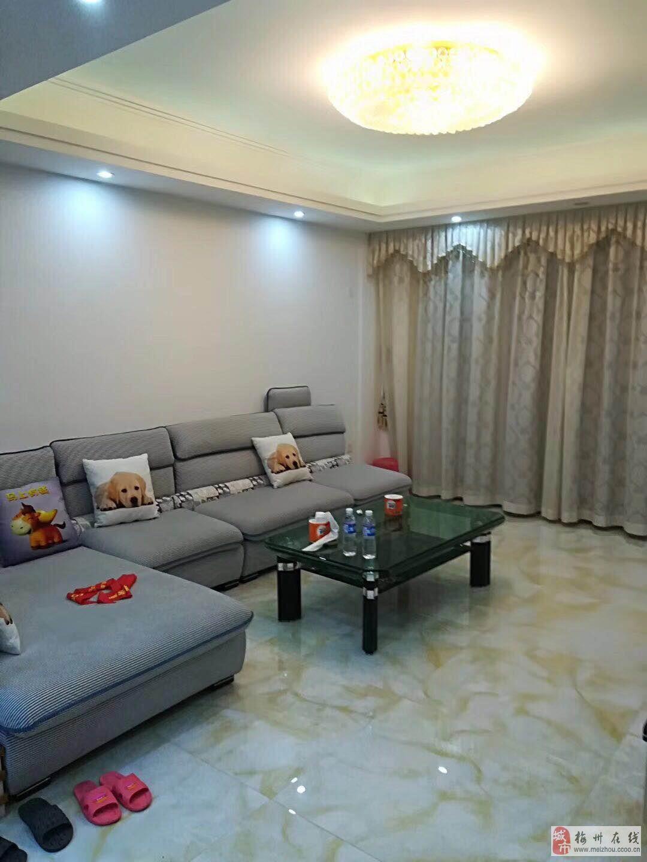 吉隆花园3室2厅2卫89.8万元