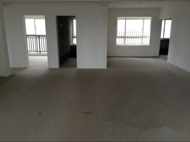 3245金暉麗景苑5樓復式420平米毛坯218萬元