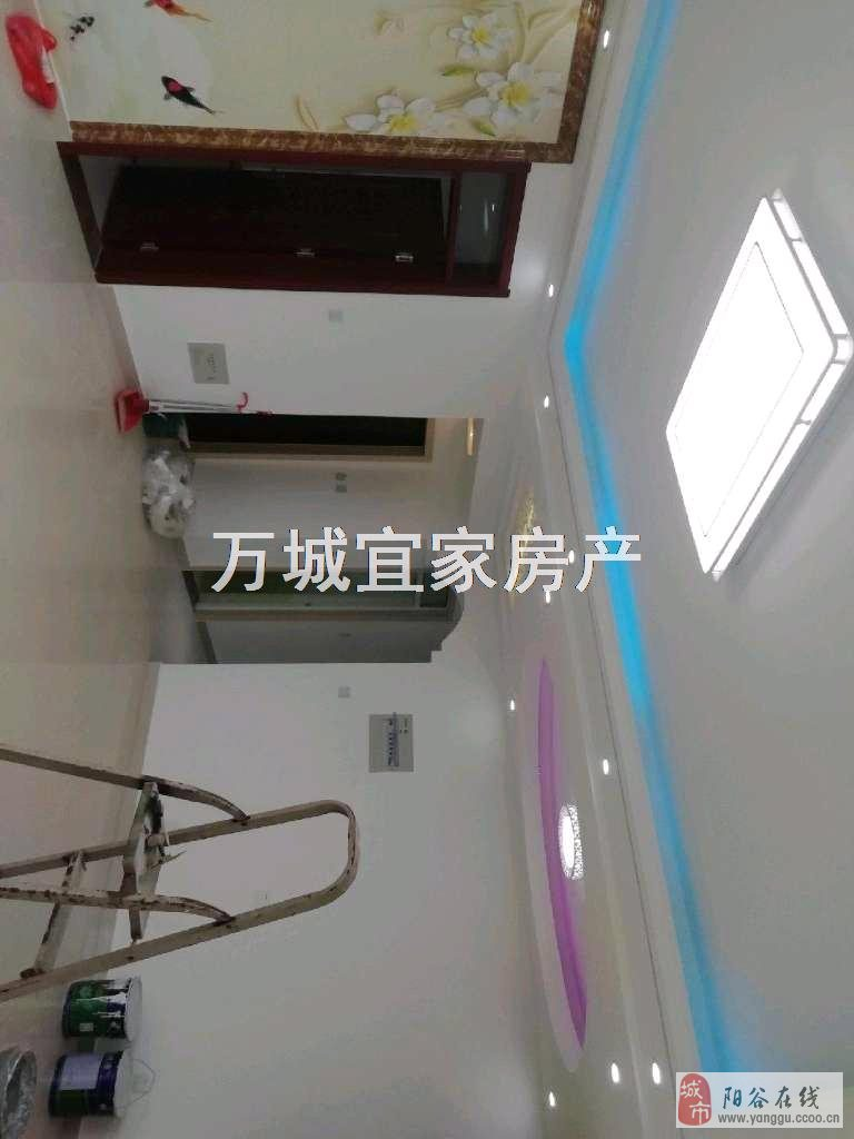 金紫南苑電梯房3室2廳1衛76萬元