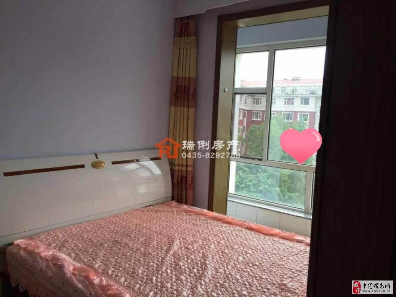 朝阳镇湖岸名居1室1厅1卫22.5万元