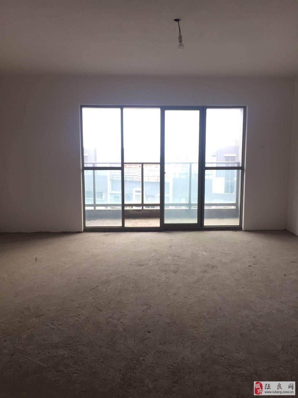 鑫城国际 四室两厅 视野开阔 超低价格