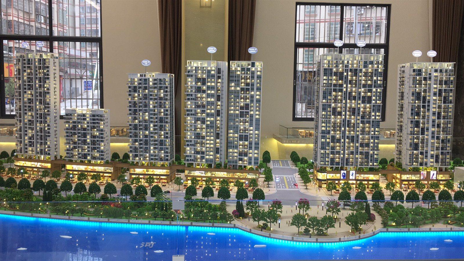 家和西岸悦湾4房中层67.41万元