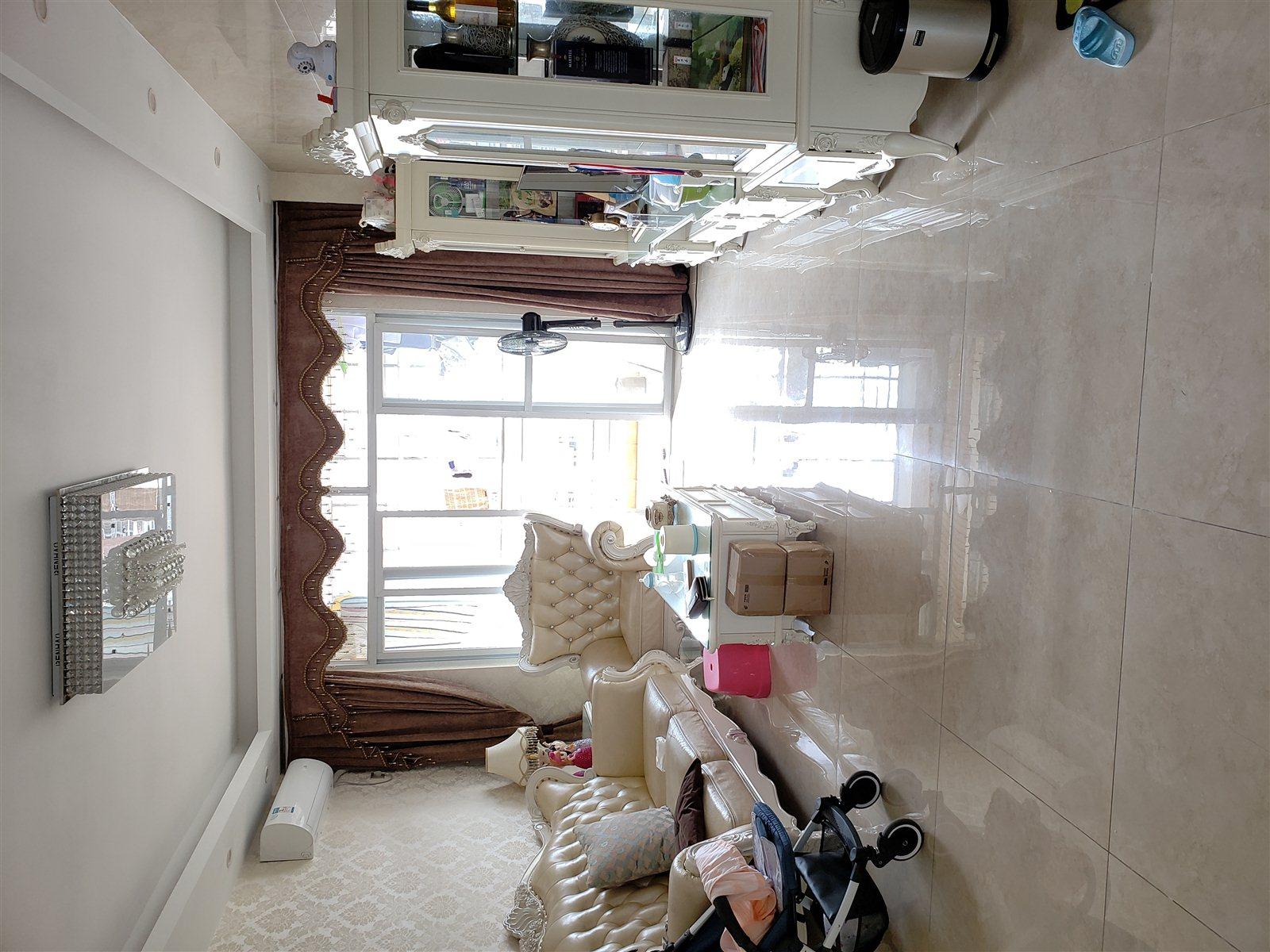 真实房源 欧式装修风格,3房2厅,119万各付各税
