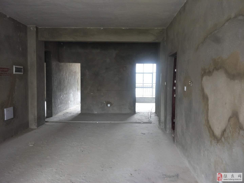 龙湖壹号3室2厅2卫39万元