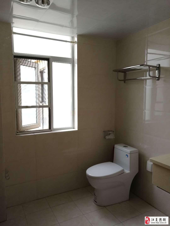 南车花园2室2厅1卫130万元