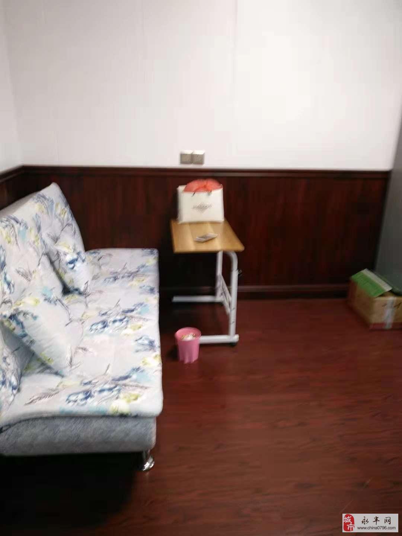 天成中央公馆1室1厅1卫49万元