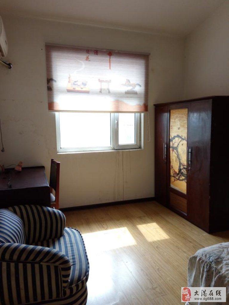 三春里(三春里)3室2厅1卫117万元