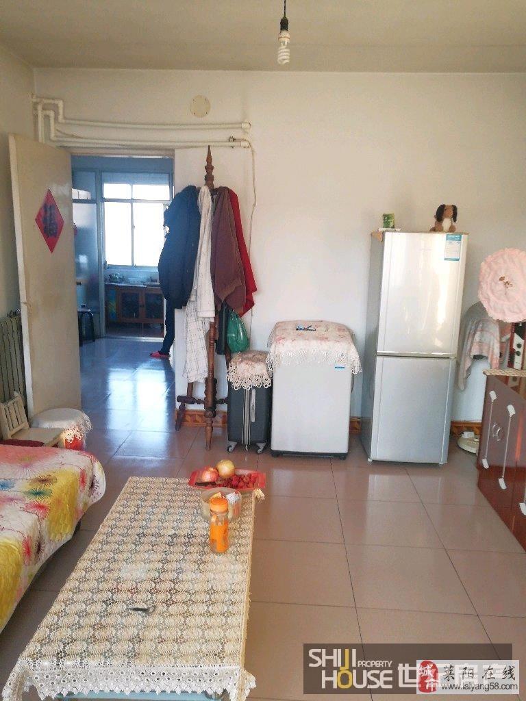 【东山小区】三室带两个地上小房,仅售34万元