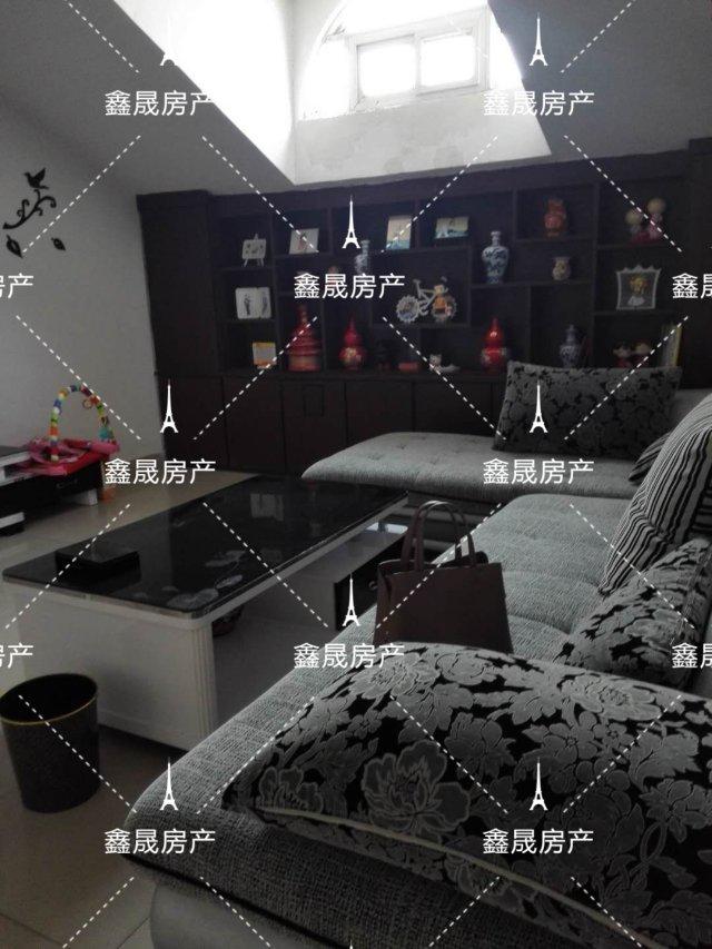 豪门庄园3室2厅1卫40万元