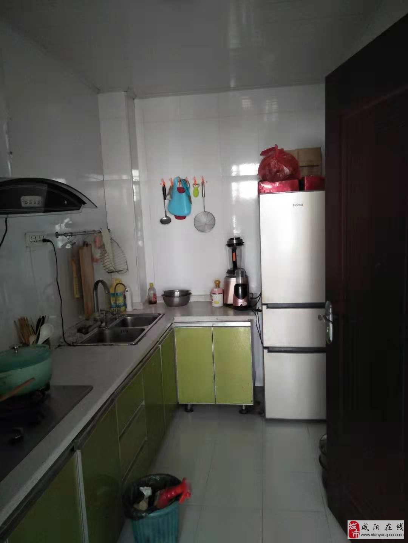 金旭路鑫苑尚东朝阳电梯房2室