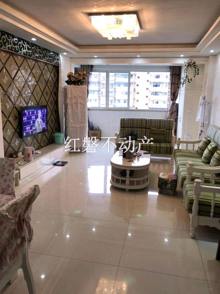 南山一品精裝3室2廳2衛72.8萬元