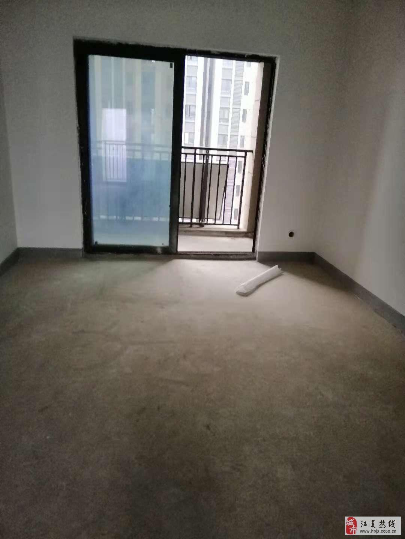 百步亭江南郡96平毛坯3室2廳1衛105萬元