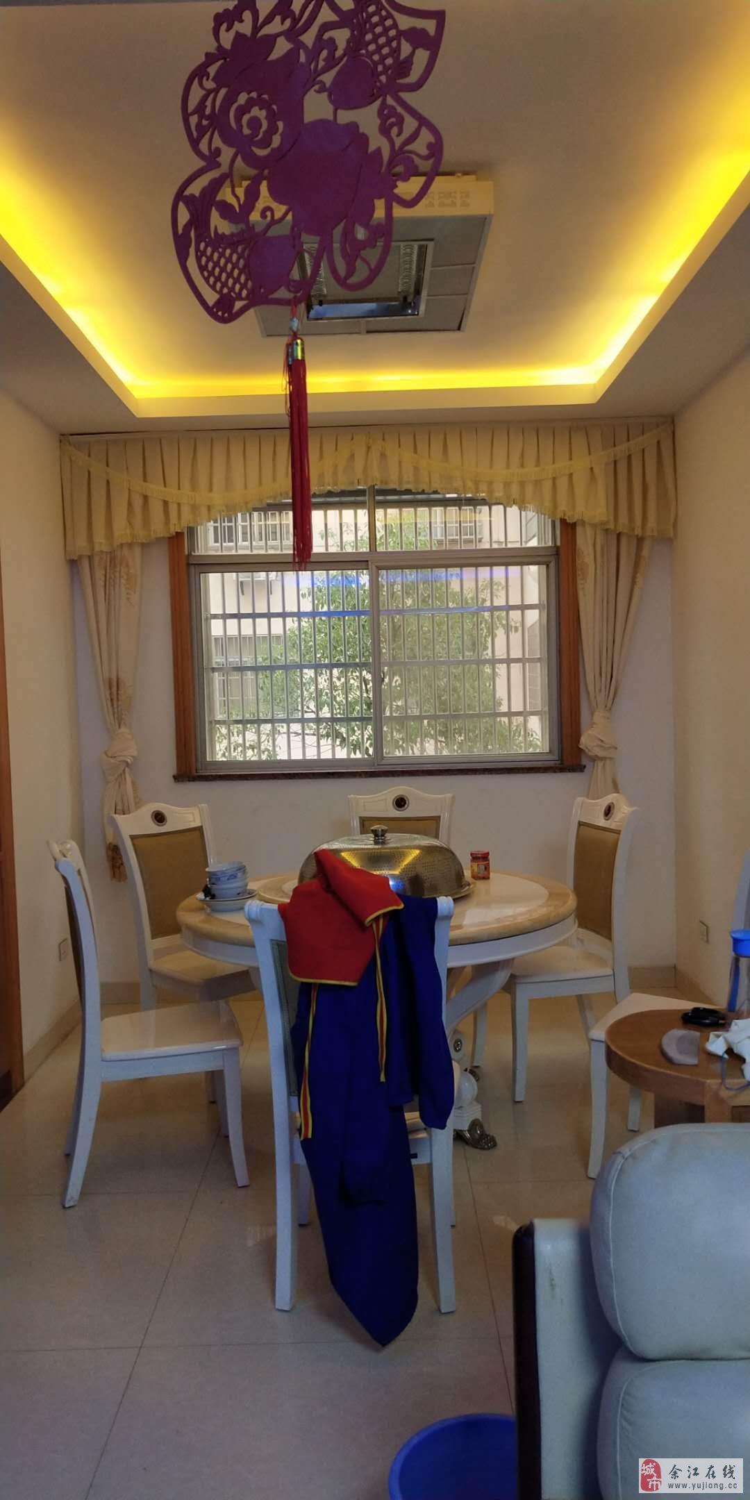 阳光家苑精装修4室2厅2卫50万元(房号29)