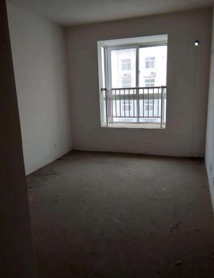 中茂理想城2室2厅1卫45万元