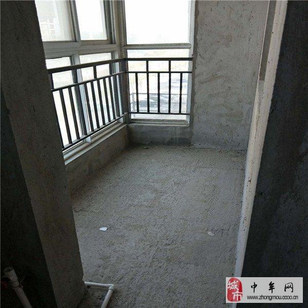 綠博半島2室2廳1衛94平85萬滿2年