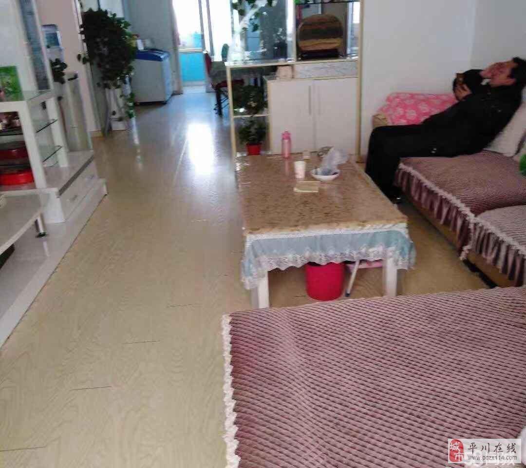 兴隆一期126平米5楼精装3室2厅1卫50万元