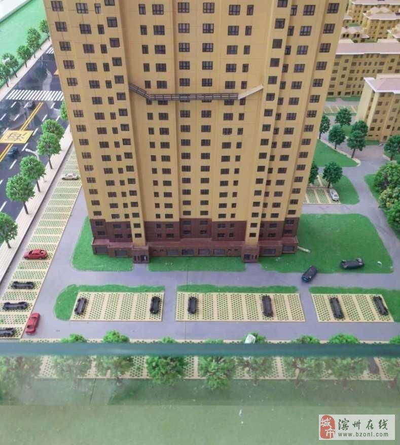新湖景园155平三室包改,好楼层!,小区环