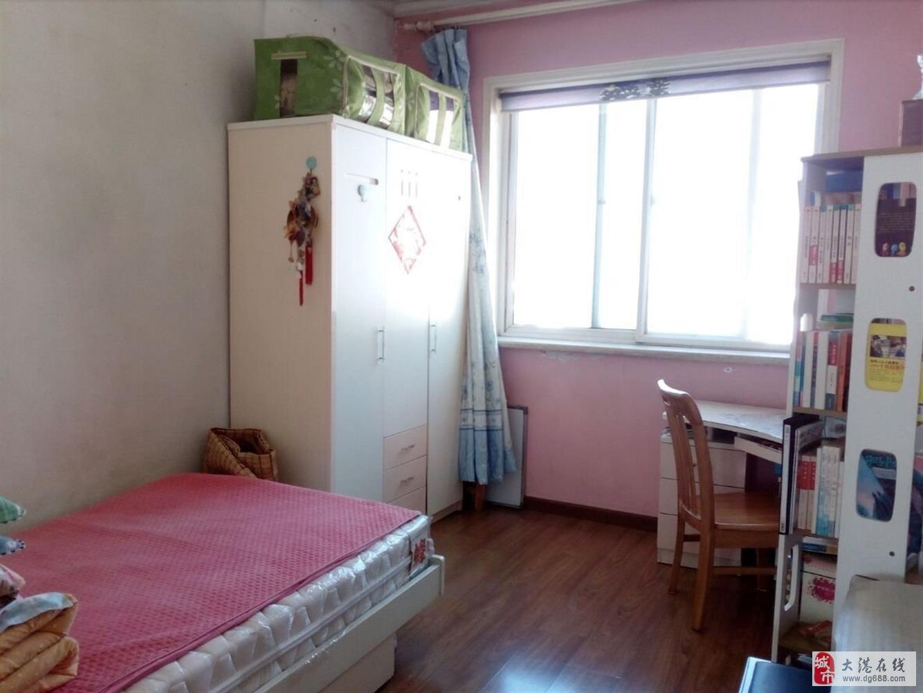 大港迎宾街春港花园2室1厅1卫96.9平米