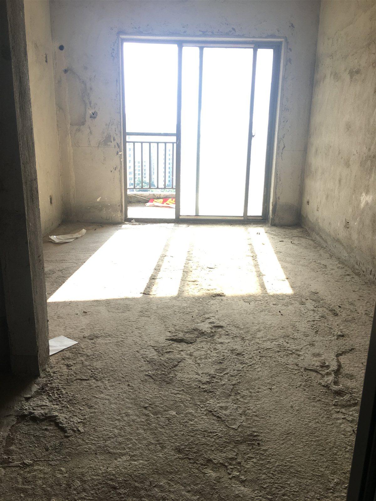琼岛椰澜湾2室2厅1卫58万元毛坯