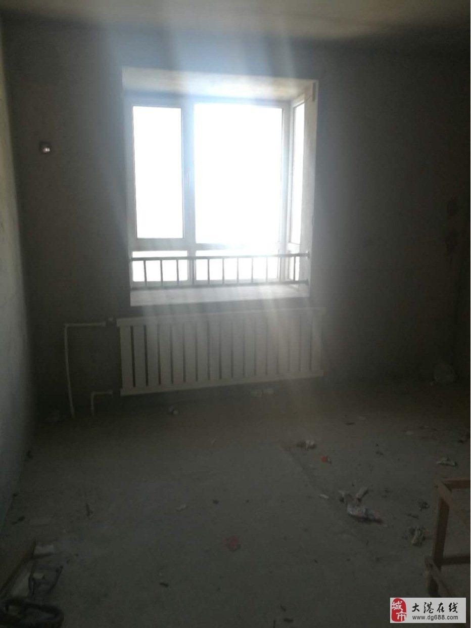 福欣园两室毛坯房,满两年,随时看房