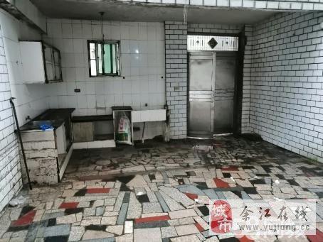 中洲社区5室3厅1卫75万元(房号25)
