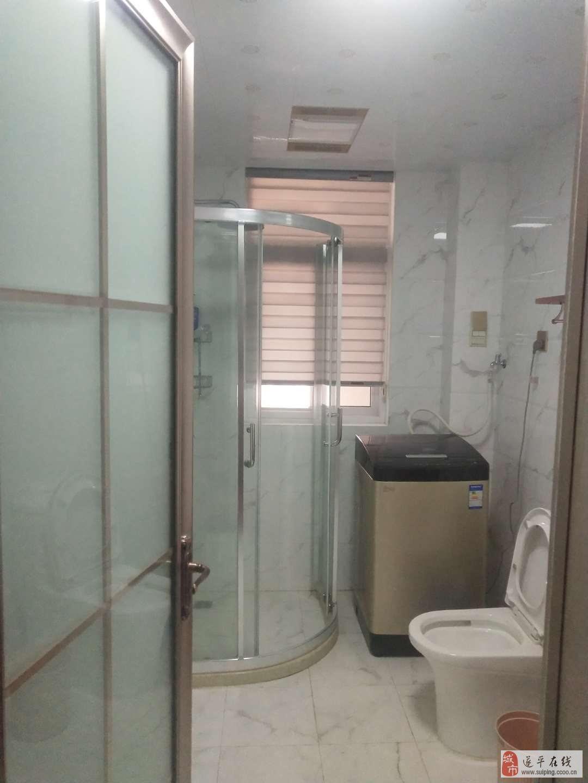 瑞富华庭5室3厅2卫140万元