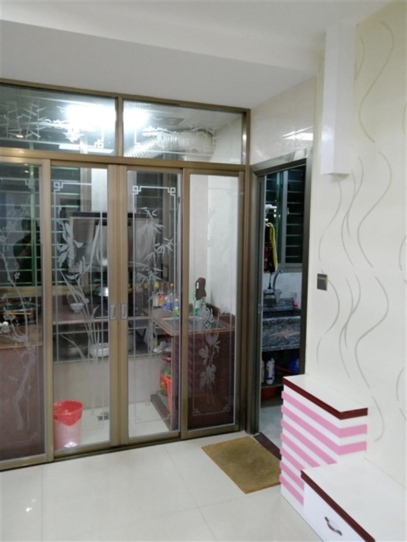 安福小區套房出售81平3室2廳33萬元