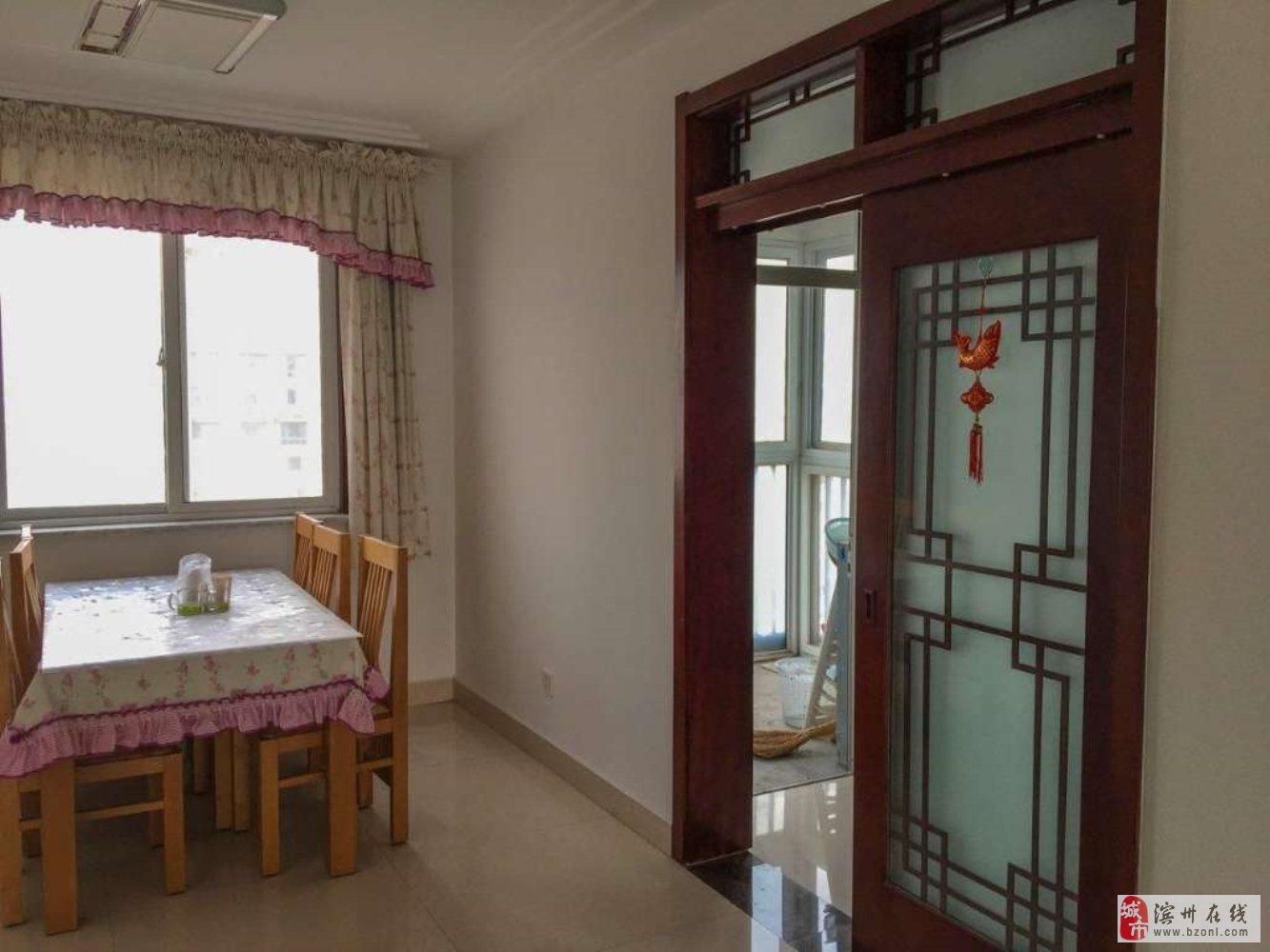 祥泰麒麟閣3室2廳2衛172萬元